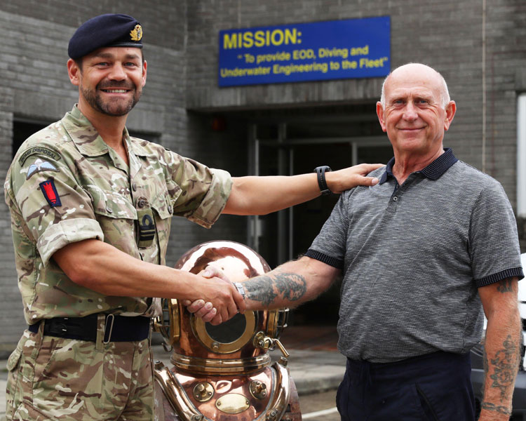 Lt Cdr Al Nekrews says farewell to Ed Baxendale