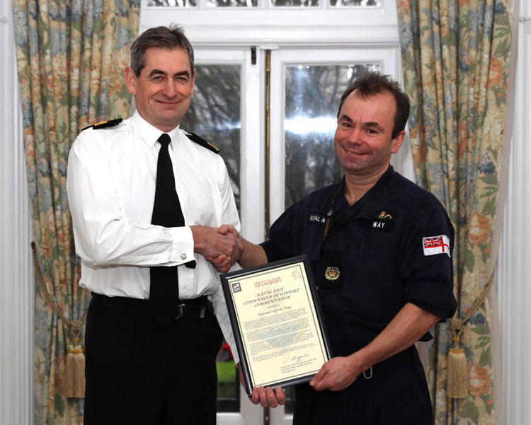 WO Spike Way receives commendation from Cdre Ian Shipperley