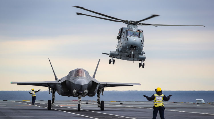 F-35 pilot makes history with revolutionary method of landing jets on HMS Queen Elizabeth