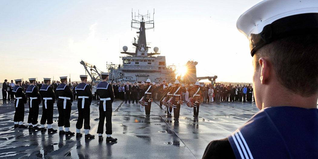 HMS Bulwark visits Torbay