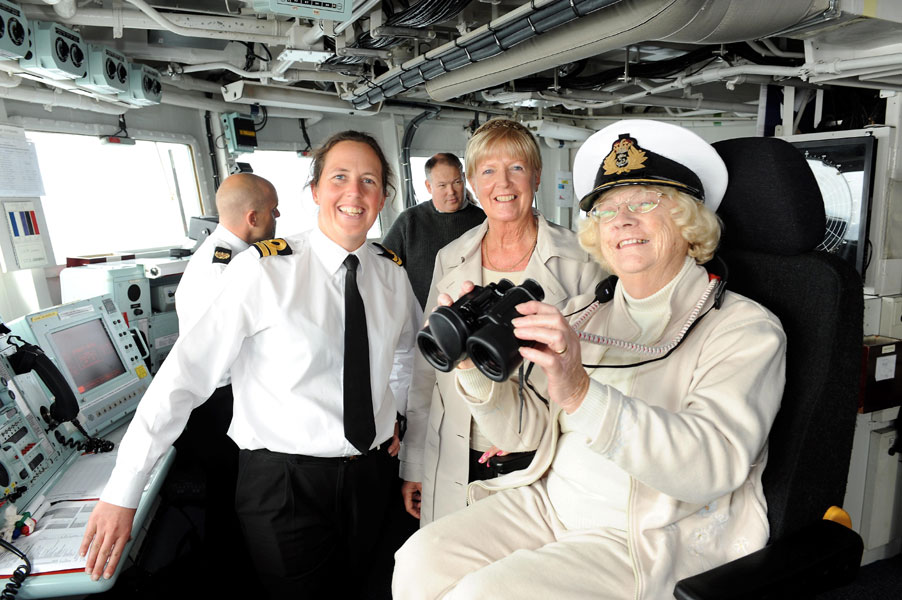 HMS Montrose thanks families
