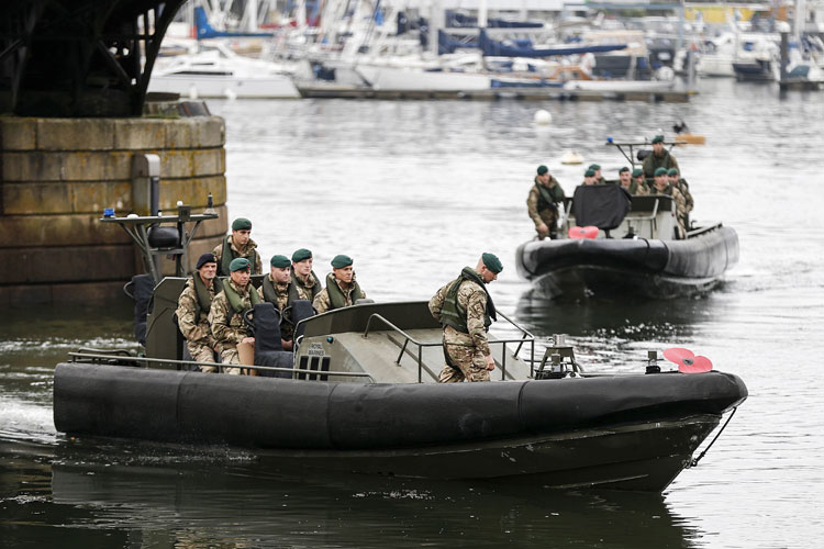 Marines deliver poppy by raiding craft