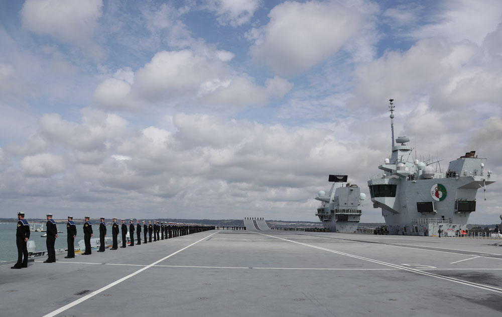 HMS Queen Elizabeth sails for landmark F-35 trials