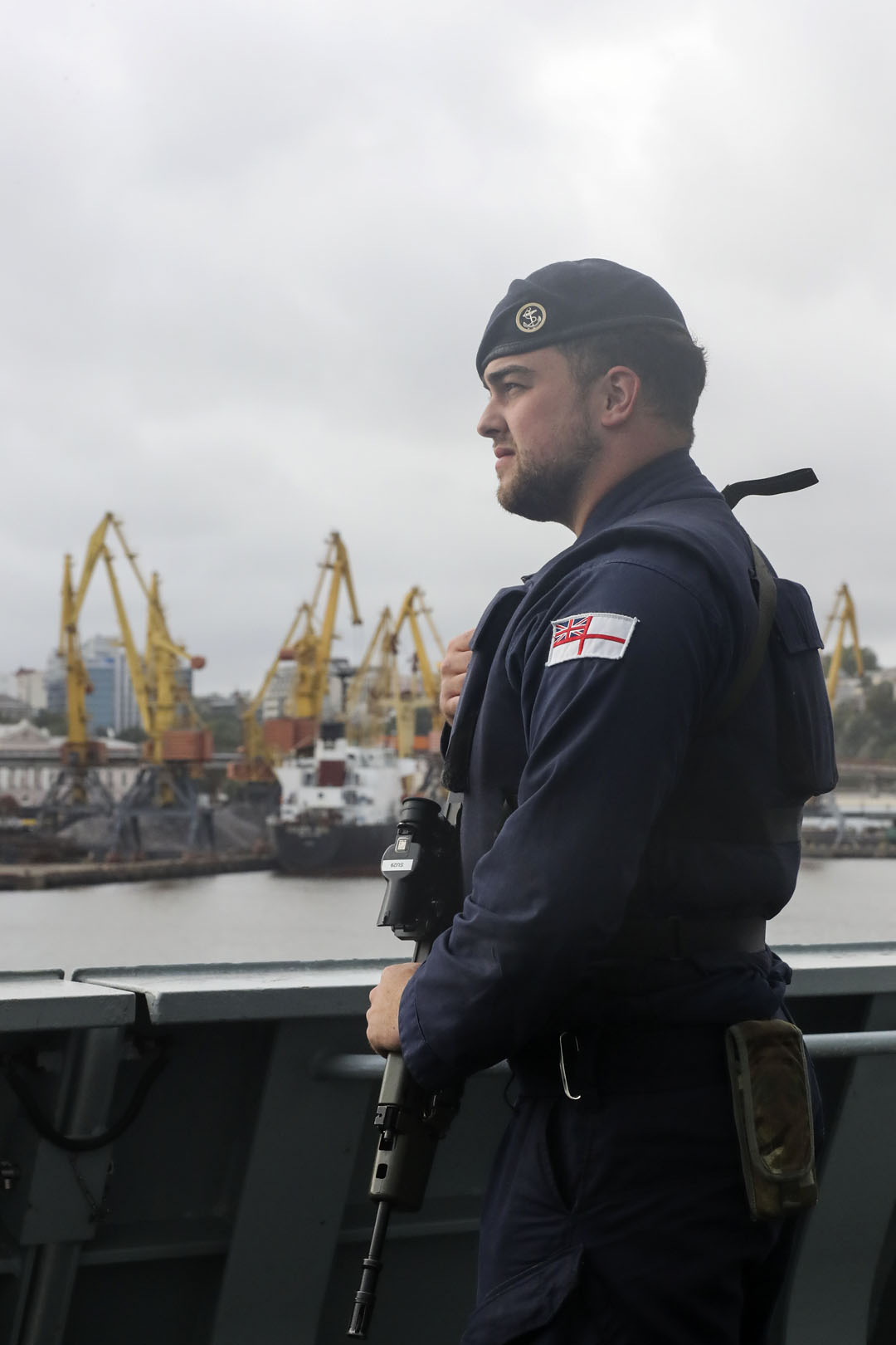 HMS Dragon forges ties with Ukraine in Odessa