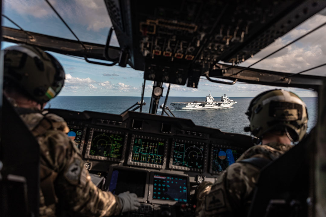 British F-35 Jets land on board HMS Queen Elizabeth Carrier