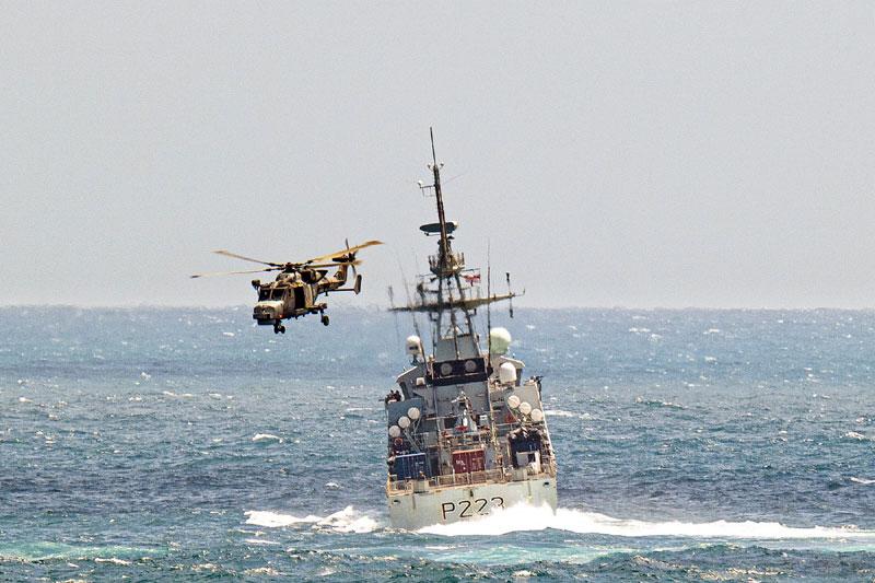 Knightrider flies close to HMS Medway's stern